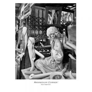 Mannequin-corner